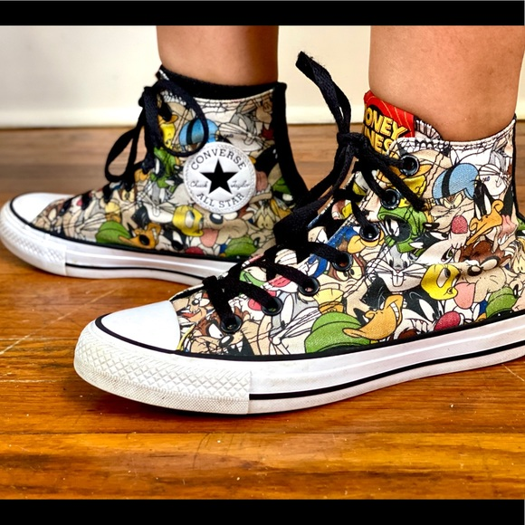 converse all star looney tunes